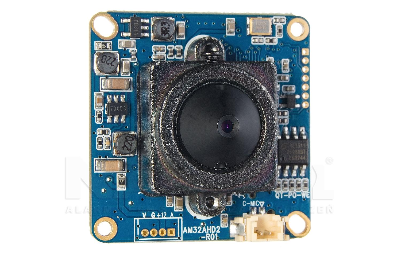 Obiektyw kamery w czujce PiR.
