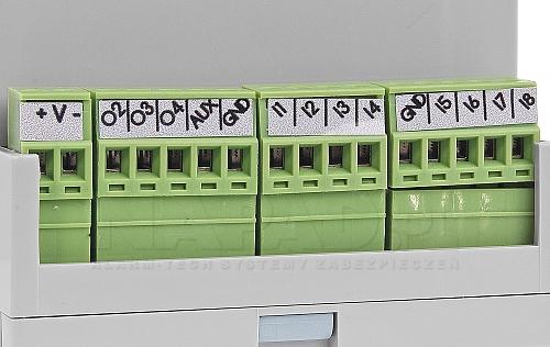 Złącza zaciskowe z module BasicGSM-D4M 2