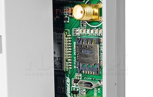 Złącze SMA w module BasicGSMPS-D4M 2