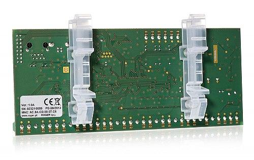 Tył kontrolera automatyki budynkowej MC16BAC