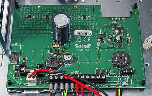 Obudowa z zasilaczem do kart stacji monitorującej STAM-BOX