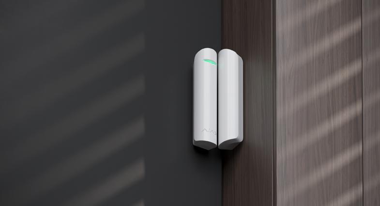 DoorProtect Plus.