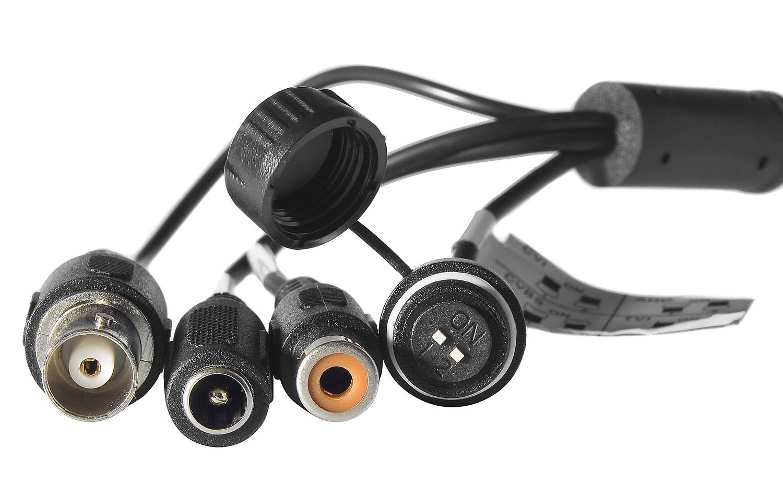 Złącza połączeniowe zastosowane w kamerze Dahua.