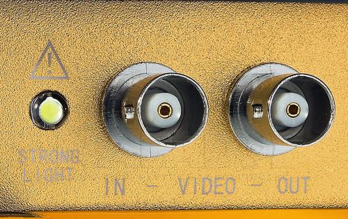 DH-PFM900-E - Wejście / wyjście wideo BNC w testerze Dahua.