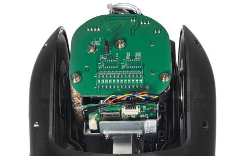 DH-SD49225T-HN - Slot karty pamięci w kamerze IP Dahua.