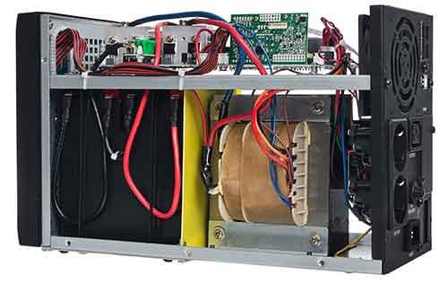 Środek zasilacza awaryjnego UPS 1500 S T LI