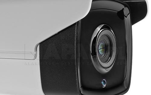 Oświetlacz podczerwieni wykonany w technologii Black Glass.