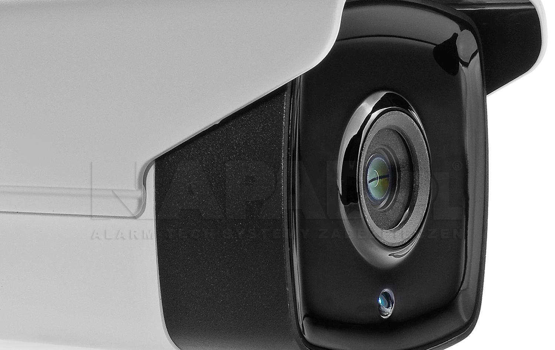 Oświetlacz podczerwieni w technologii Black Glass w kamerze.