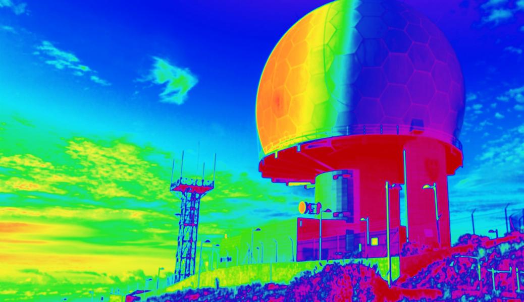 Widok z kamery termowizyjnej.
