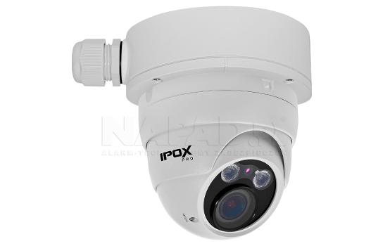 Przykładowe zastosowanie podstawy z kamerą dome marki IPOX.