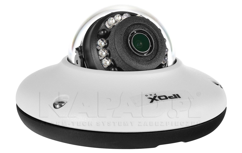 Kamera z oświetlaczem podczerwieni.