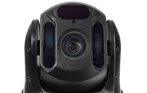 PX-SDH2010 - Wydajny oświetlacz IR zapewnia skuteczny i dyskretny monitoring.