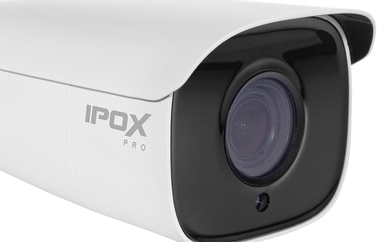 Kamera IPC z obiektywem regulowanym z poziomu menu.