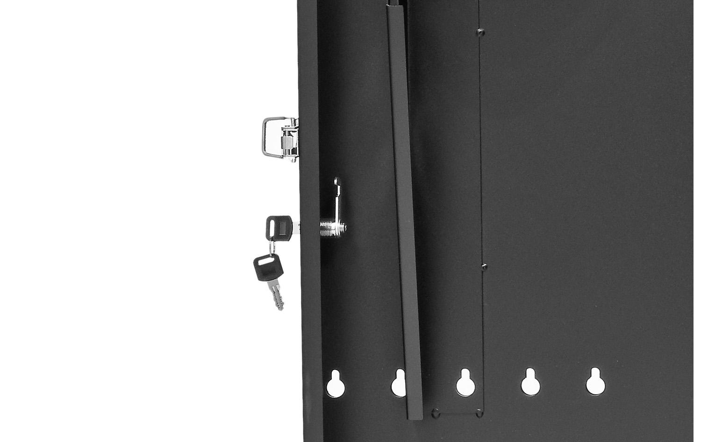 WP6702 - Zamek zastosowany w szafie.