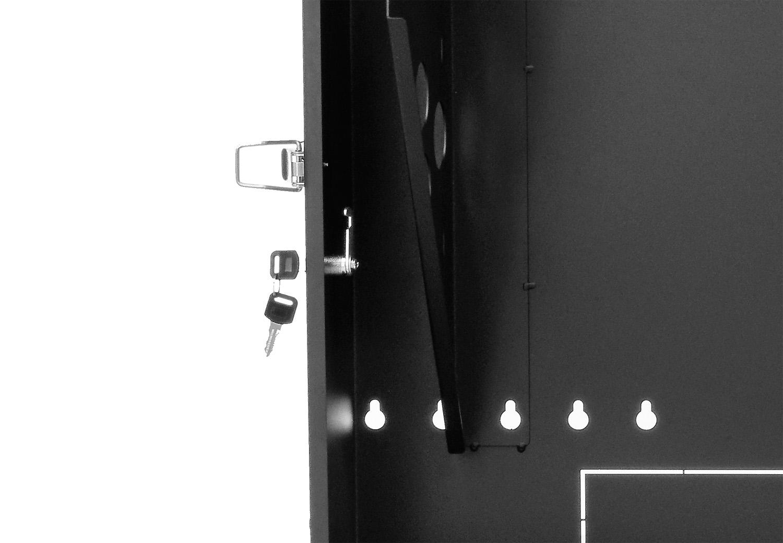 WP6705 - Zamek zastosowany w szafie.
