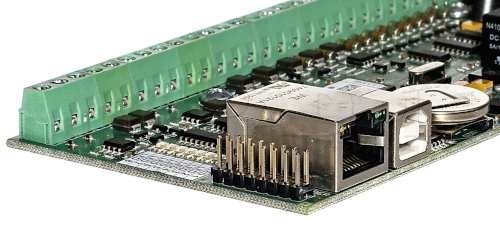 Port komunikacyjny kontrolera MC-16