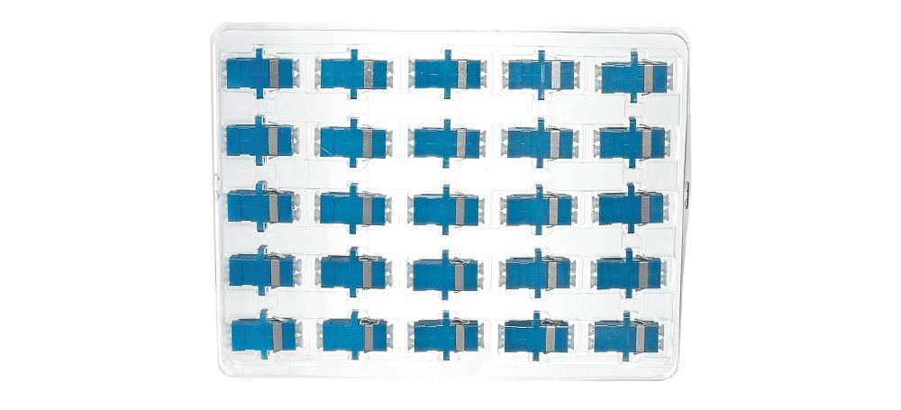 Opakowanie zbiorcze adaptera światłowodowego LC/UPC SM duplex.