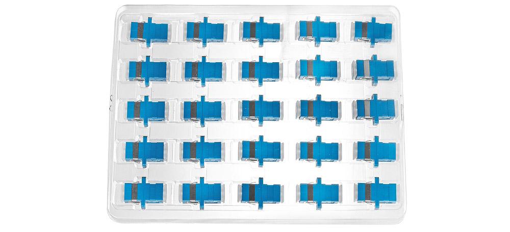 Opakowanie zbiorcze adaptera światłowodowego SC UPC SM simplex.
