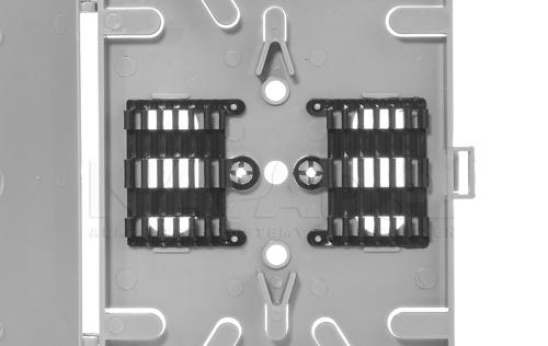 Tacka umożliwia montaż do 12 spawów w osłonkach.