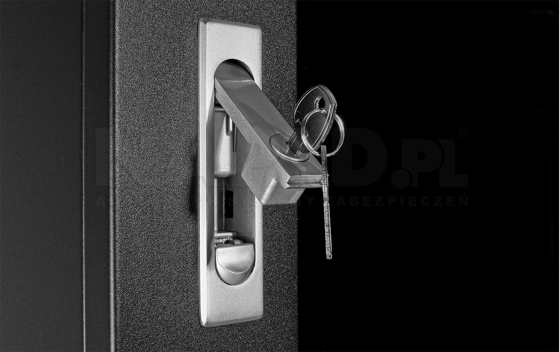Różne metody instalacji drzwi oraz zabezpieczenie
