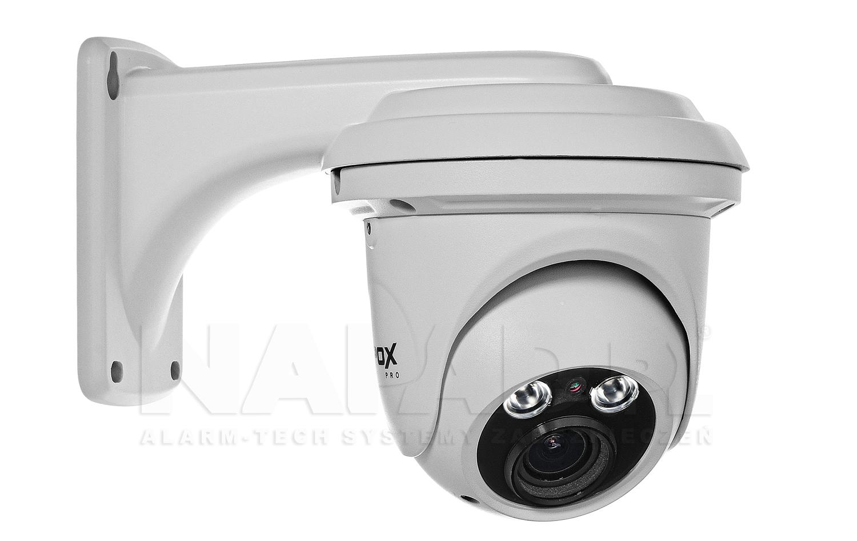 Uchwyt z zamontowaną kamerą