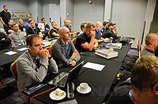 Konferencja Dahuła Poland i sklep Napad