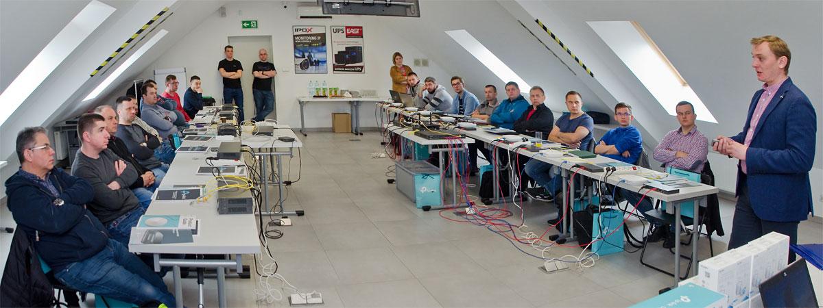 Szkolenie - Bezprzewodowe rozwiązania sieciowe TP-Link - NAPAD.PL
