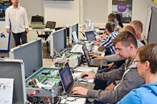 Techniczne warsztaty Satel moduły komunikacji