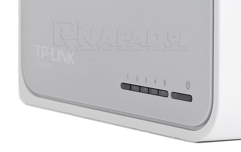 Diody potwierdzajace pracy switch'a - TL-SF1005D TP-Link